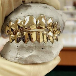 Other - Gold Grillz - New Gold Smile 😃